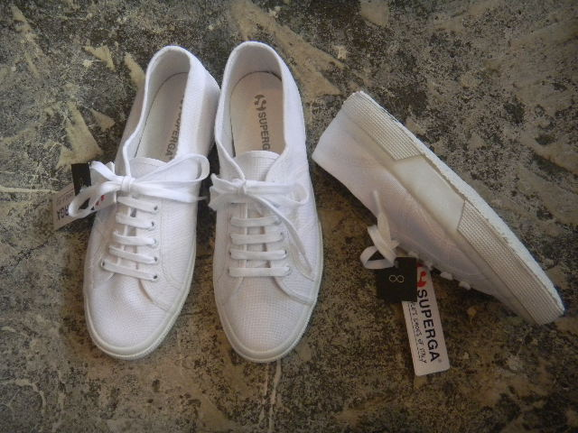 SUPERGA:All White